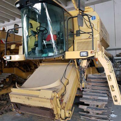 Mietitrebbia new holland tx 66 terrepadane for Consorzio agrario cremona macchine agricole usate